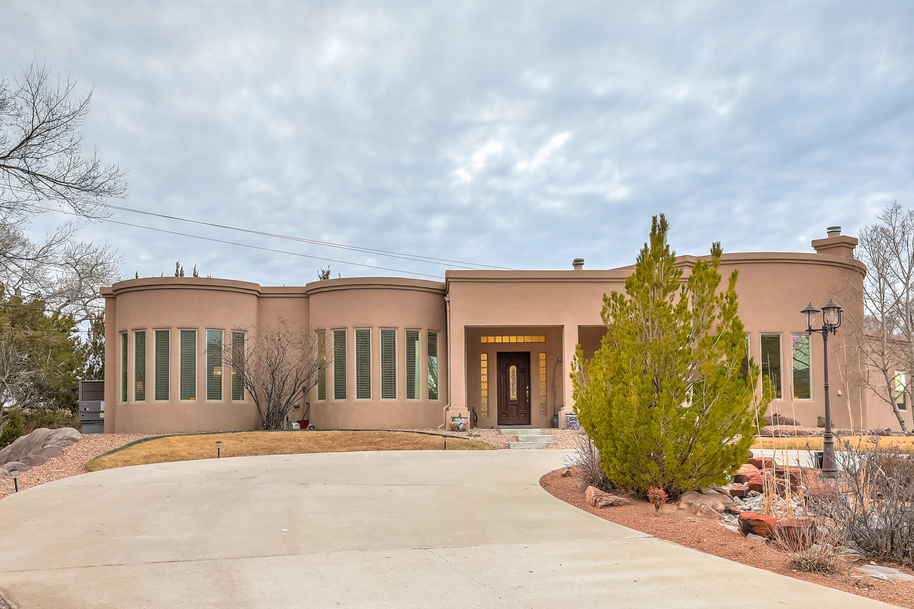 1013 MAVERICK Court, Albuquerque NM 87123