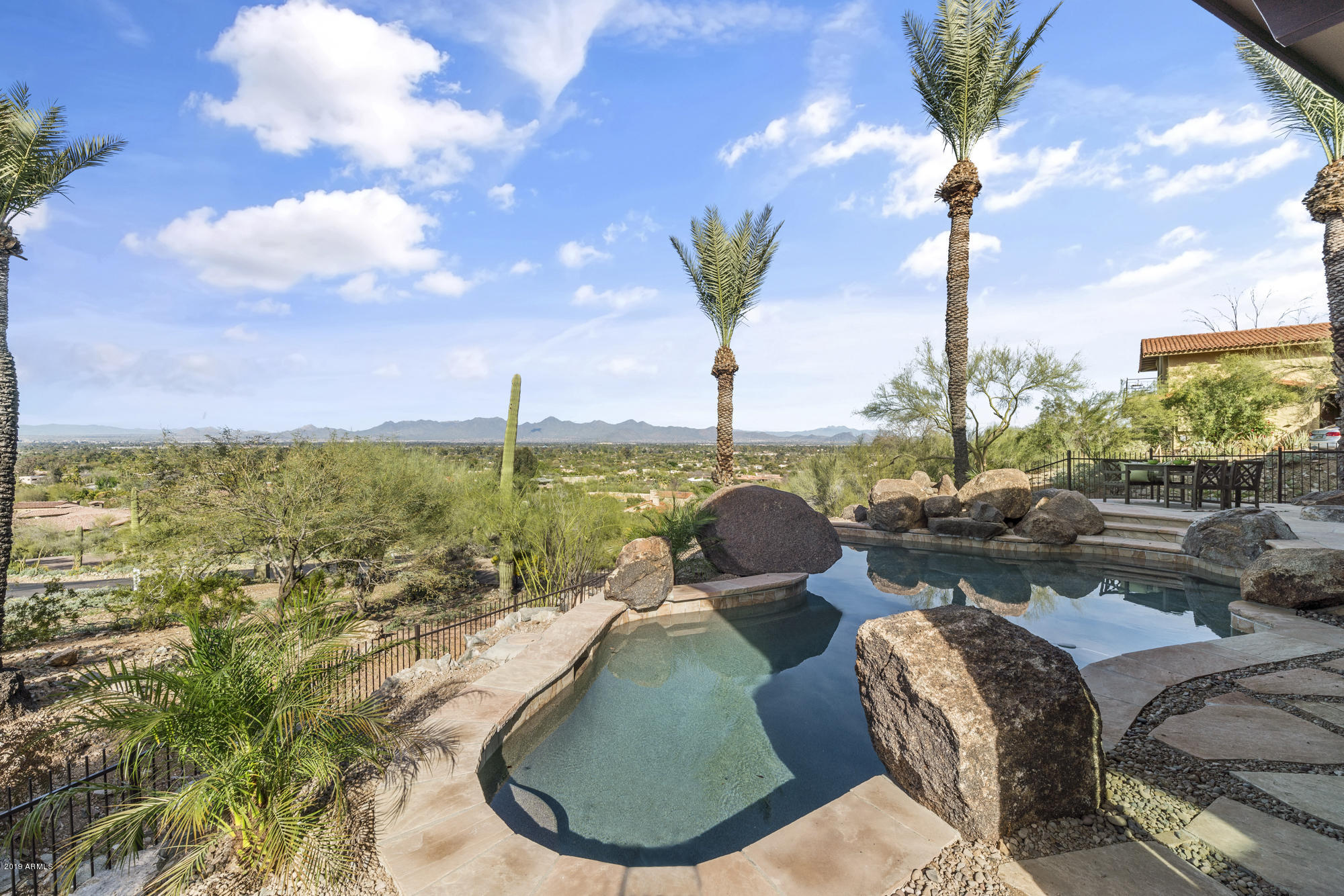 6331 E HUMMINGBIRD Lane, Paradise Valley AZ 85253