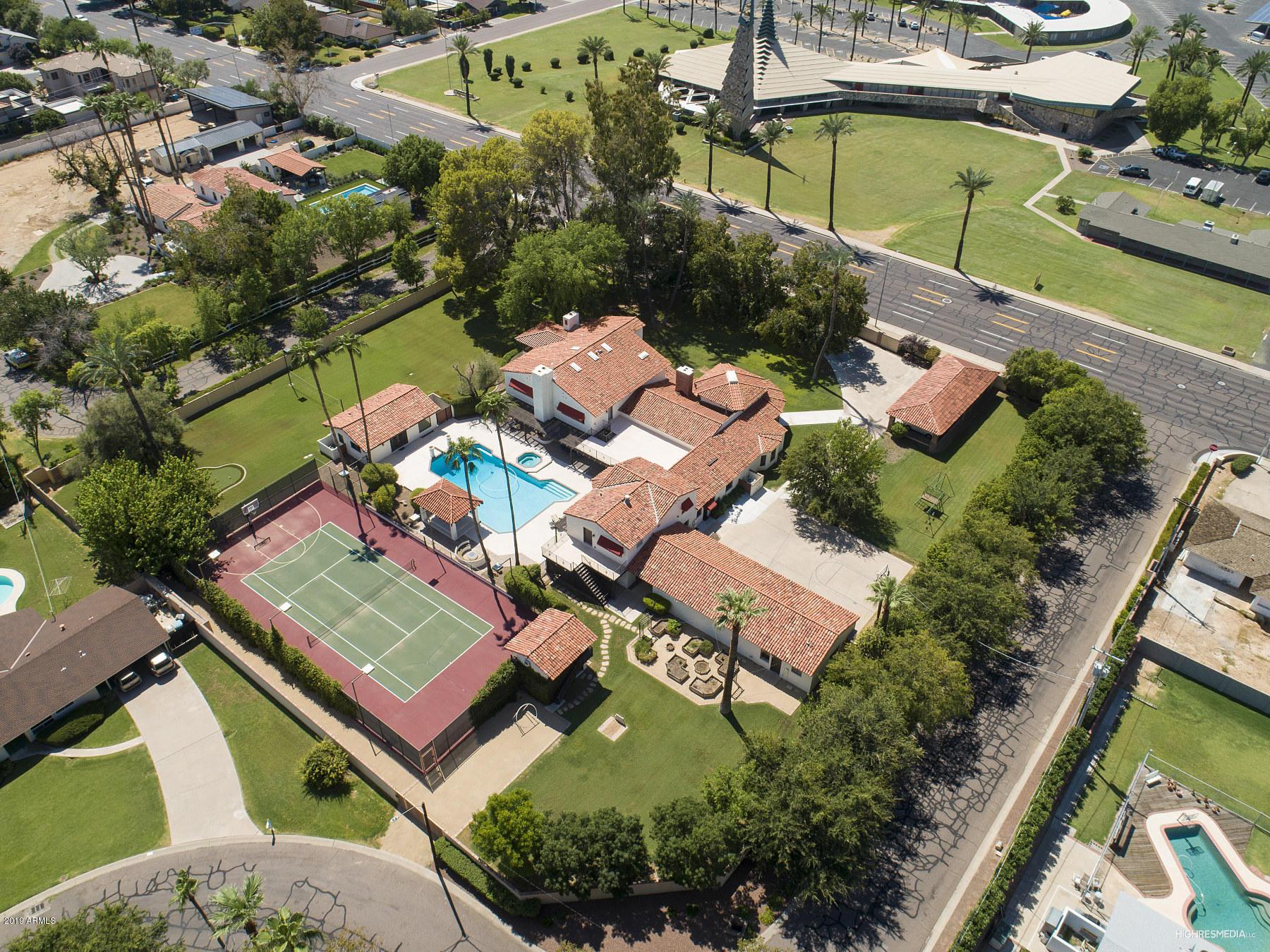 Phoenix Two Levels built 1934