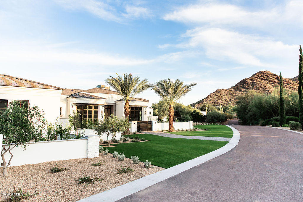 Paradise Valley All on One Level built 2019