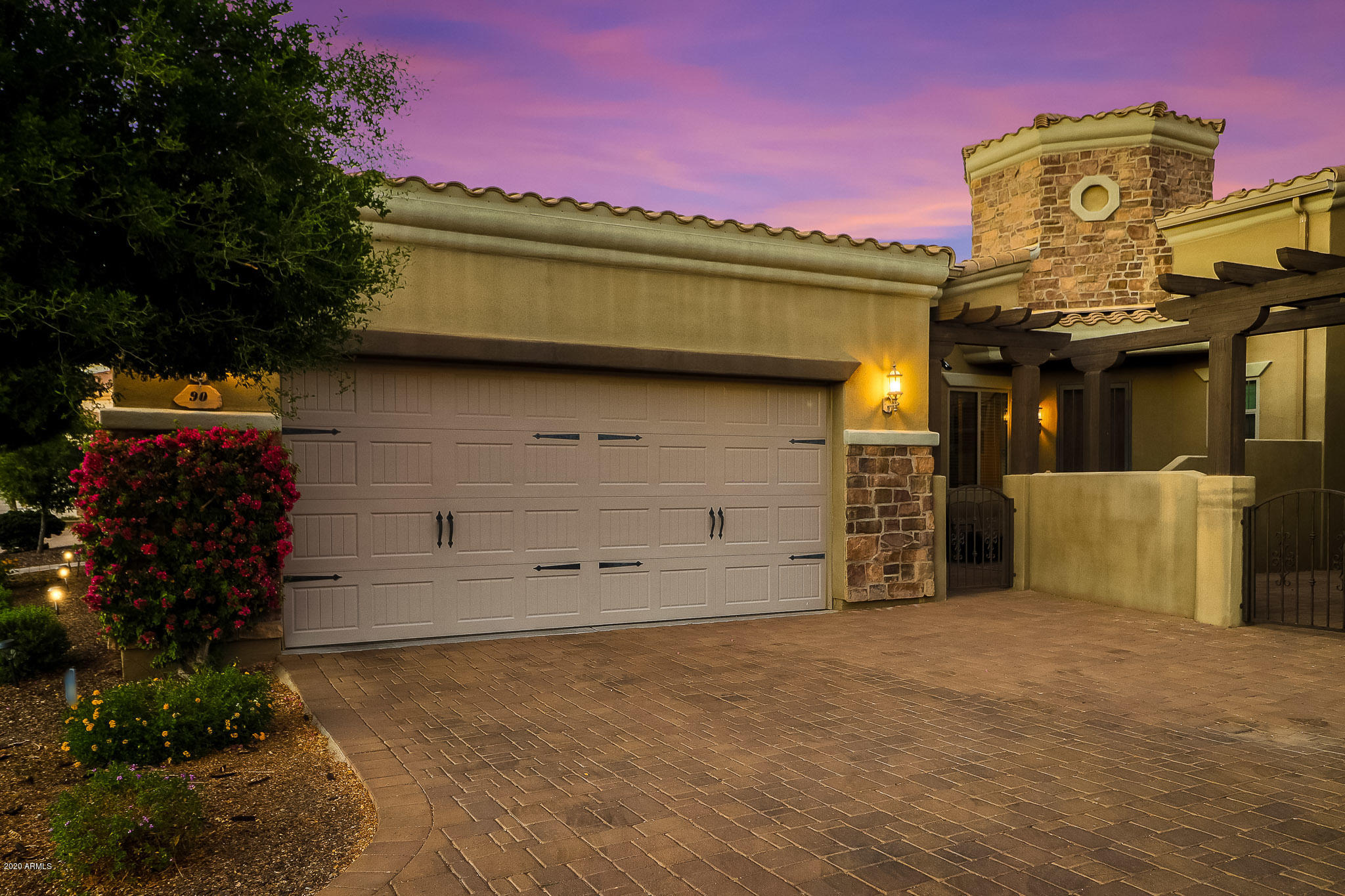 6202 E MCKELLIPS Road Unit 90, Mesa AZ 85215