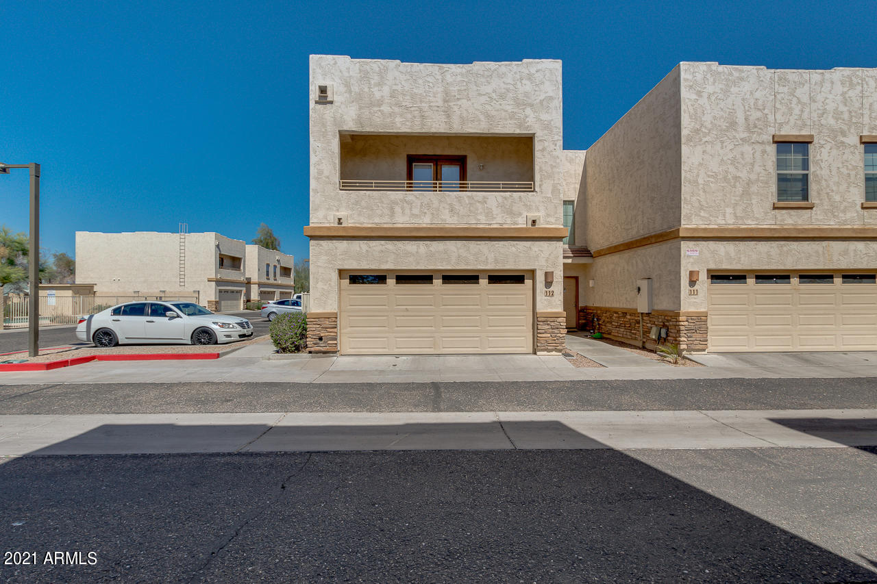 15818 N 25TH Street Unit 112, Phoenix AZ 85032