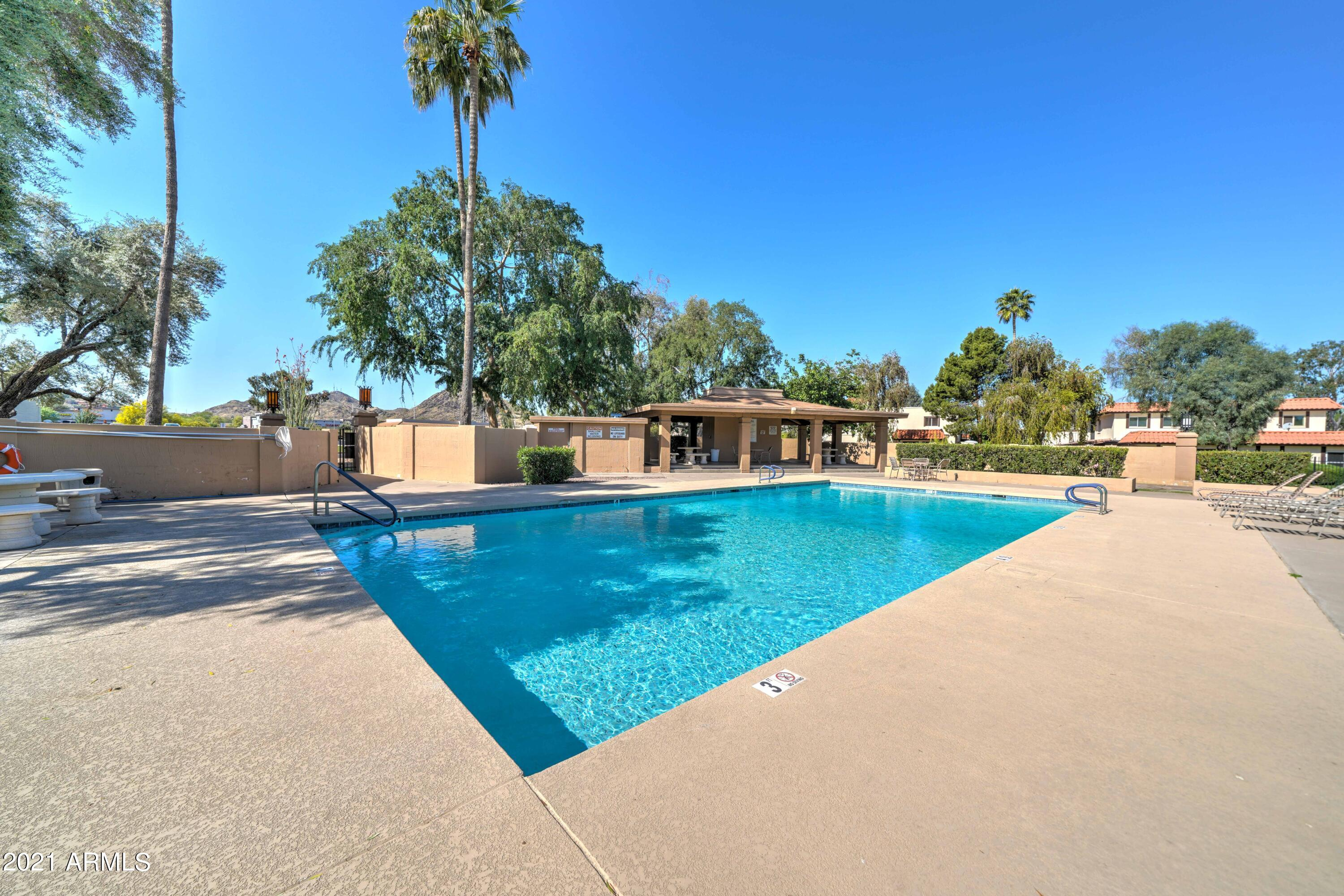 835 E JOAN D ARC Avenue, Phoenix AZ 85022