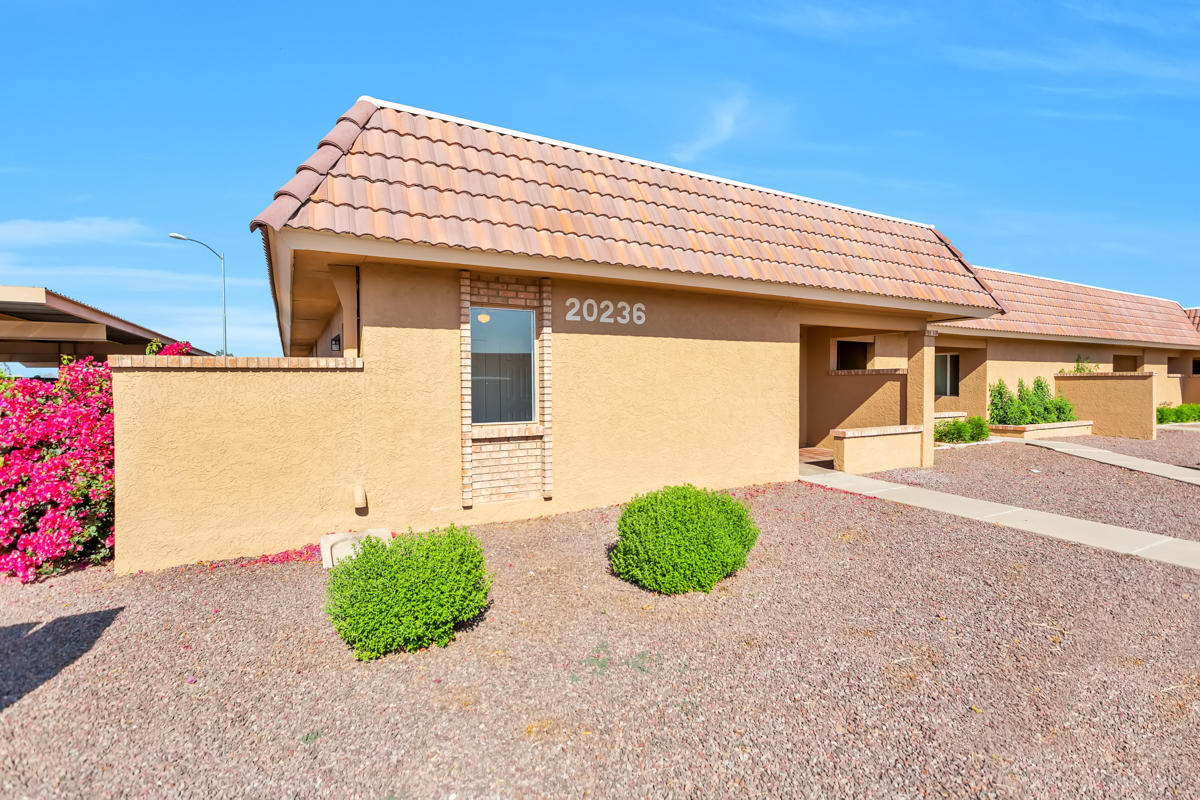 20236 N 6TH Drive Unit 4, Phoenix AZ 85027