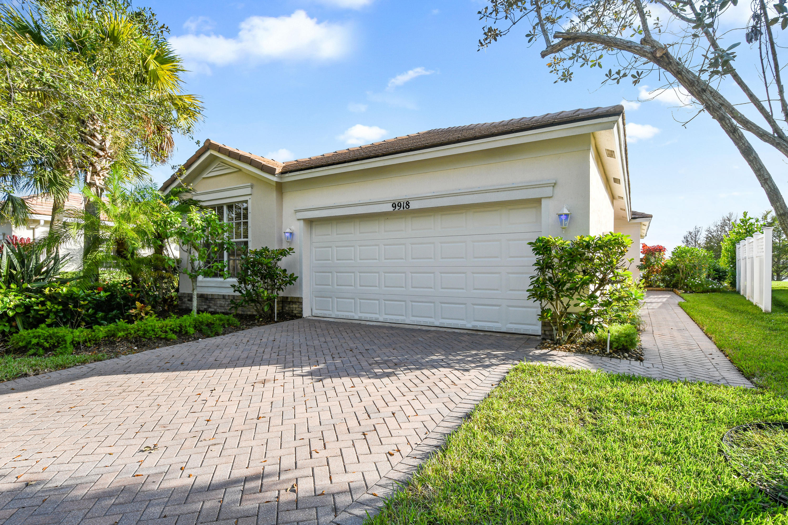 9918 SW Eastbrook Circle, Port Saint Lucie FL 34987