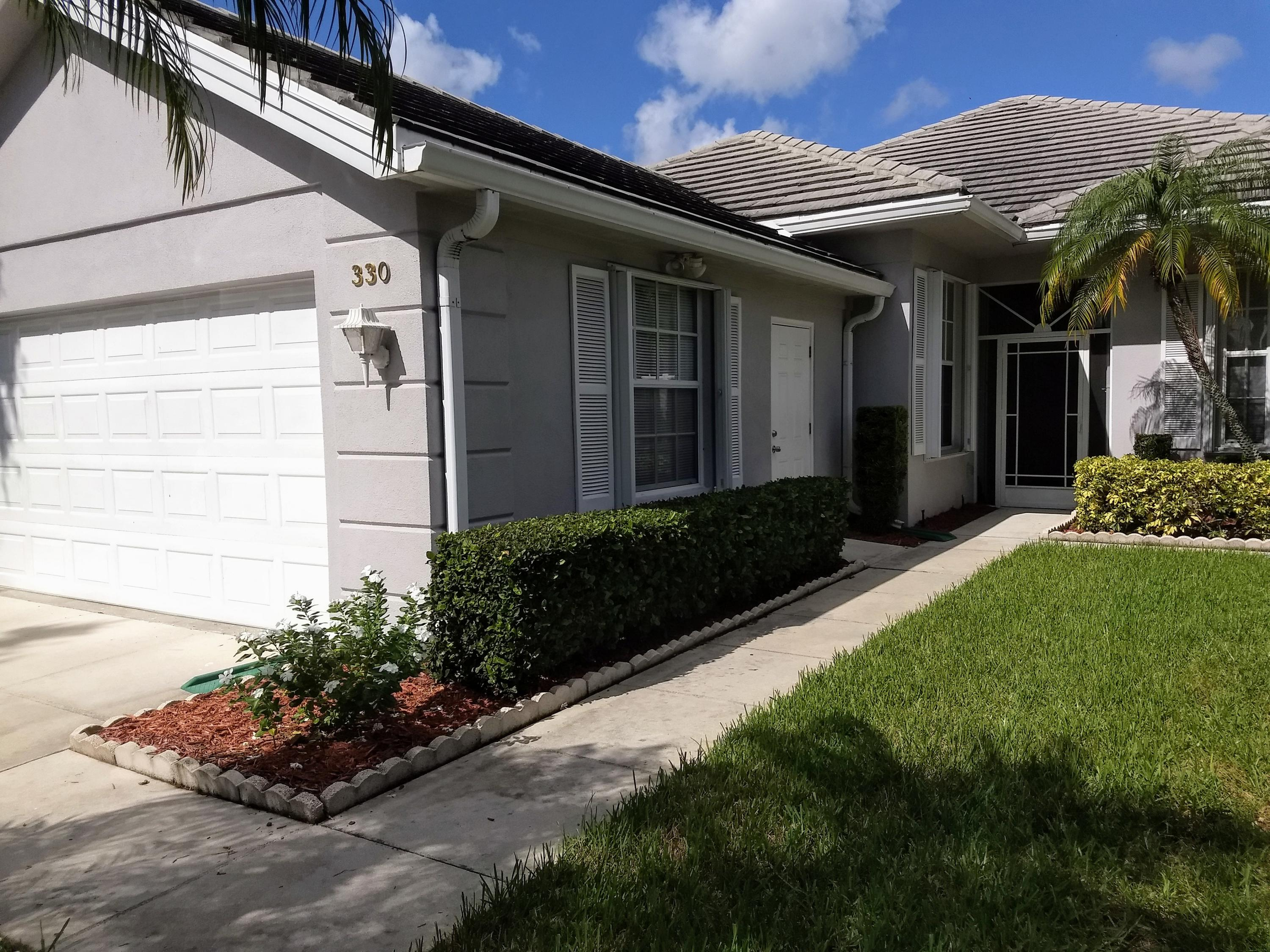 330 NW Bentley Circle, Port Saint Lucie FL 34986