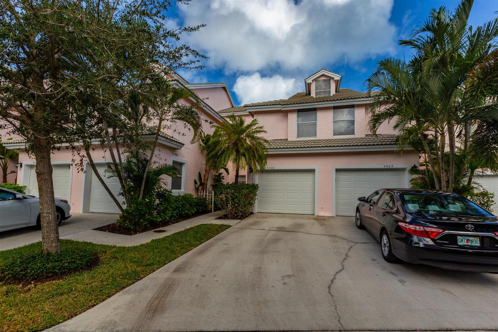 4306 Fairway Drive N, Jupiter FL 33477