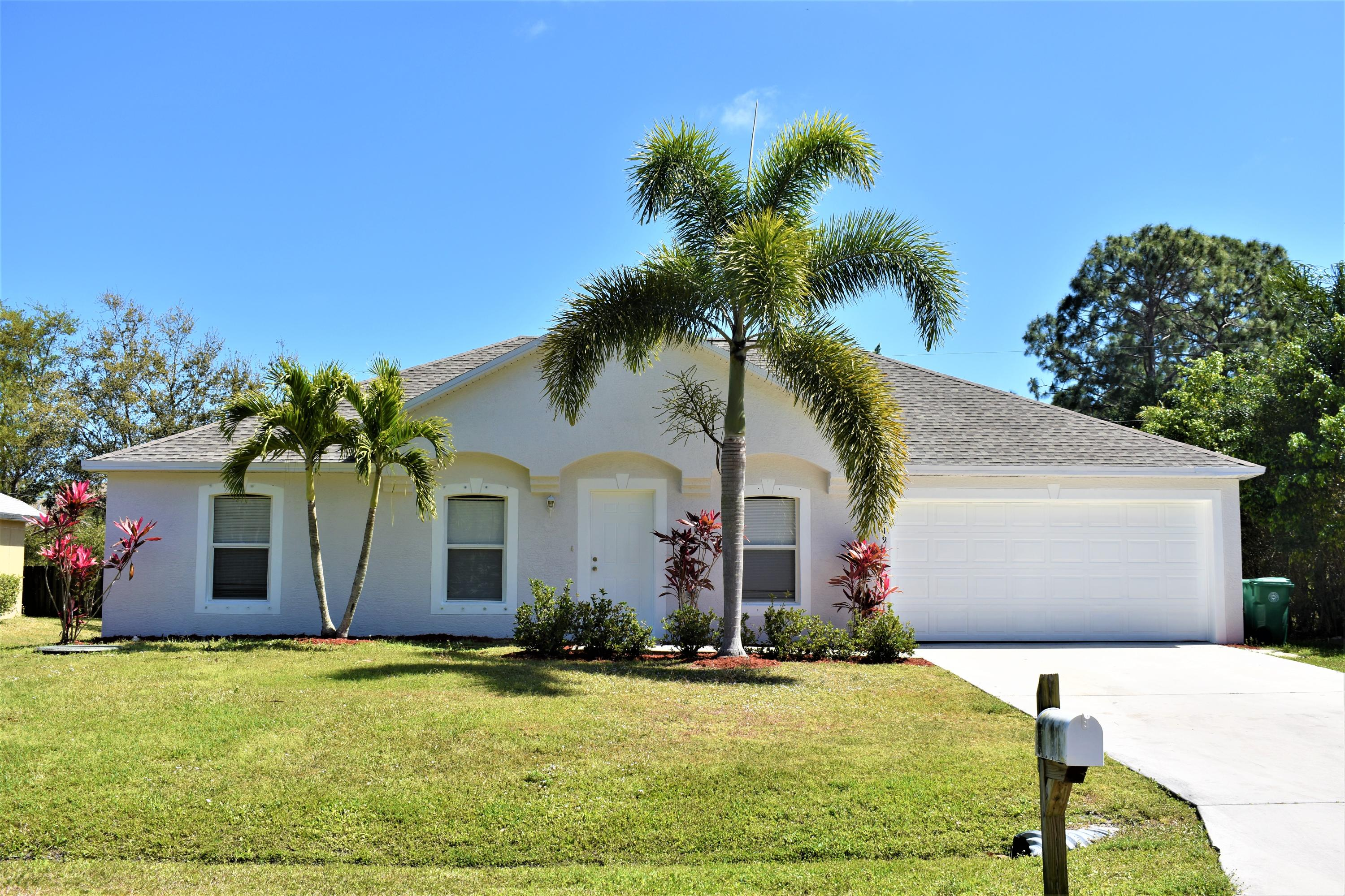 1219 SW Curry Street, Port Saint Lucie FL 34983