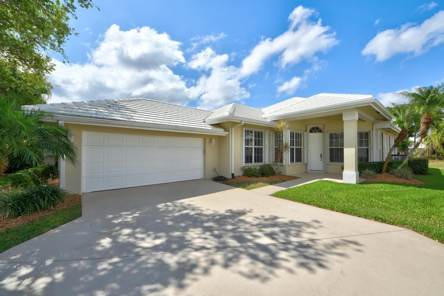 426 SW Fairway Landing(s), Port Saint Lucie FL 34986