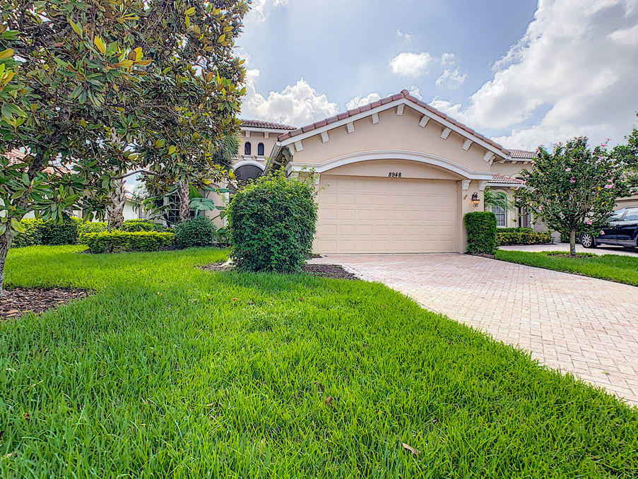 8948 Champions Way, Port Saint Lucie FL 34986