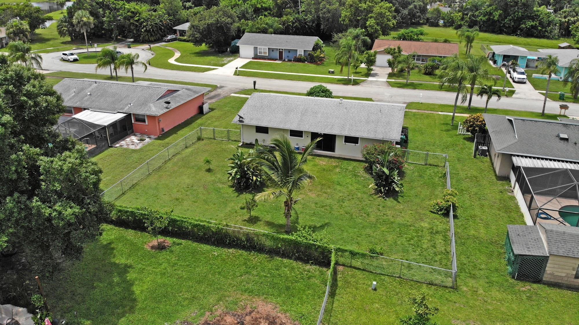 243 NE Brunson Court, Port Saint Lucie FL 34983