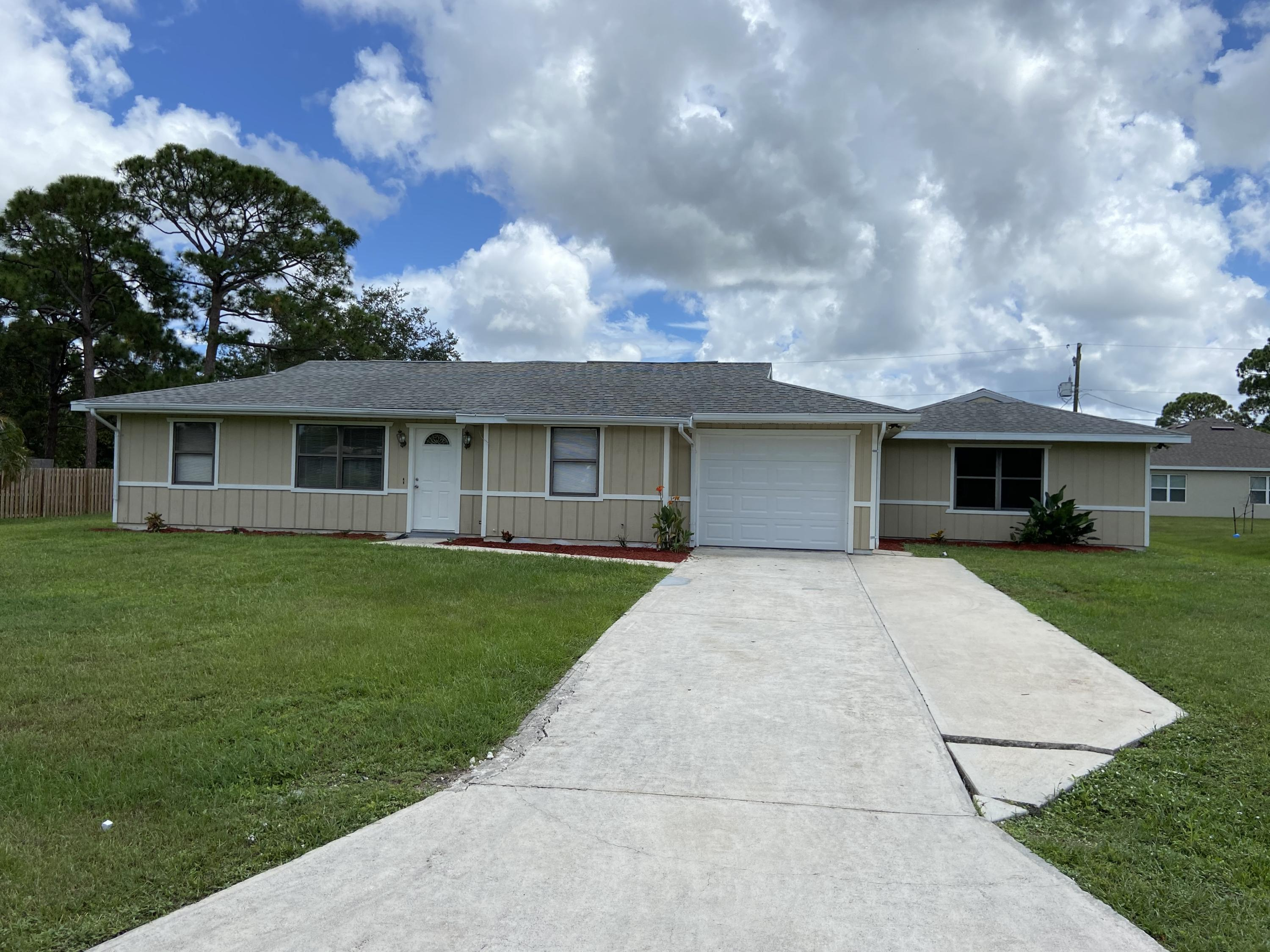 2417 SW Roney Road, Port Saint Lucie FL 34953