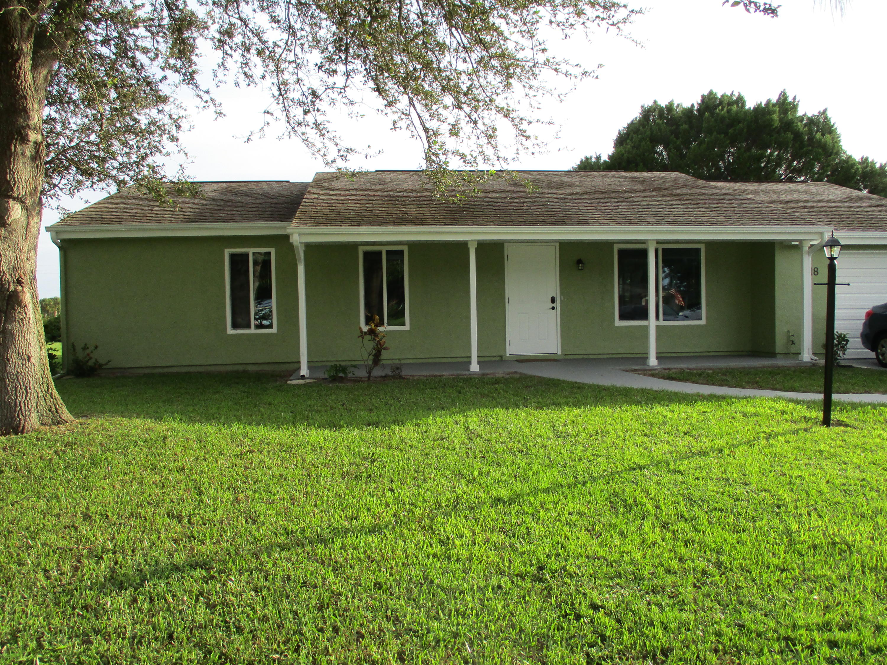 418 SW Bridgeport Drive, Port Saint Lucie FL 34953