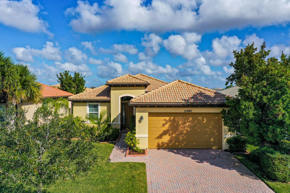 11980 SW Crestwood Circle, Port Saint Lucie FL 34987