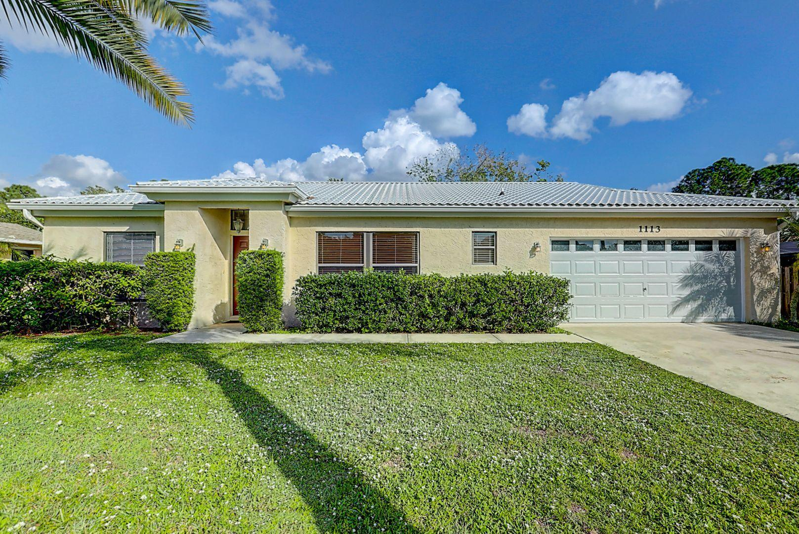 1113 SW Addie Street, Port Saint Lucie FL 34983