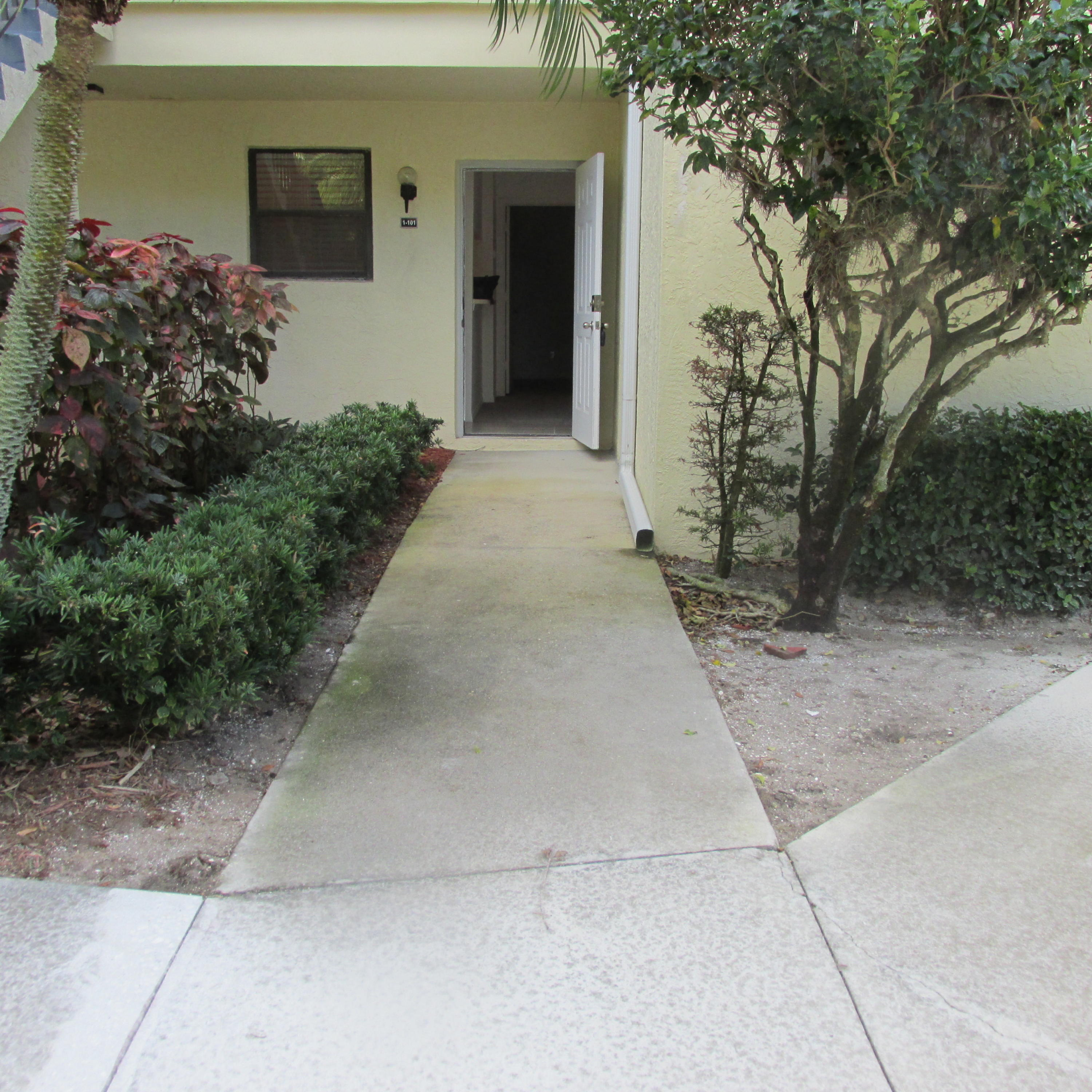 6533 SE Federal Highway Unit 101-1, Stuart FL 34997