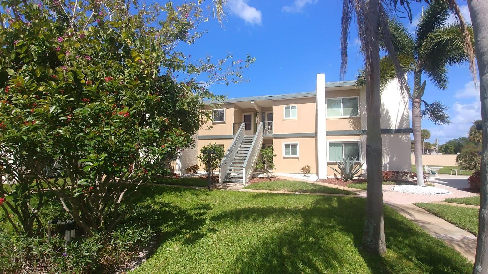 1561 NE 12th Terrace Unit 9, Jensen Beach FL 34957