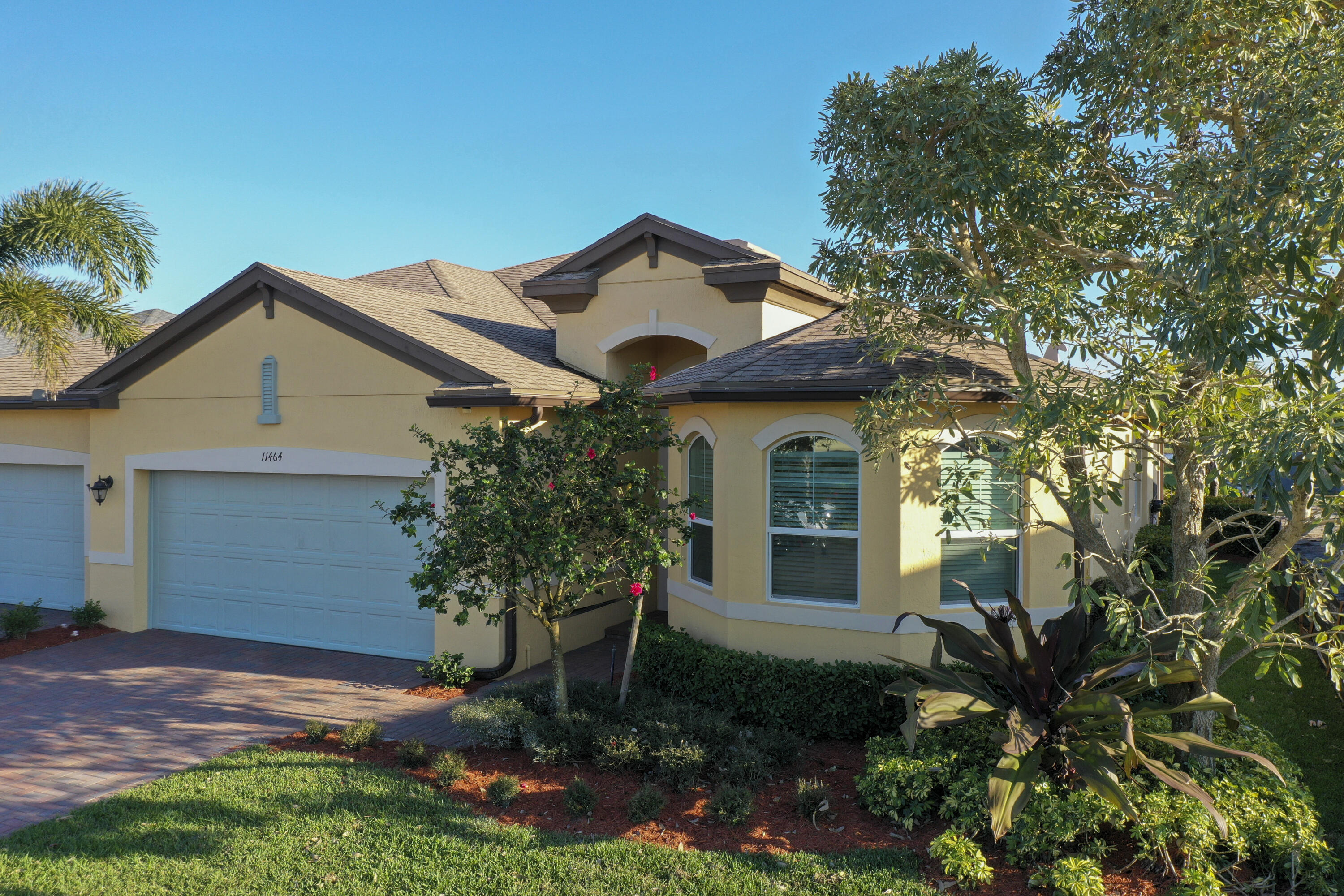 11464 SW Lake Park Drive, Port Saint Lucie FL 34987