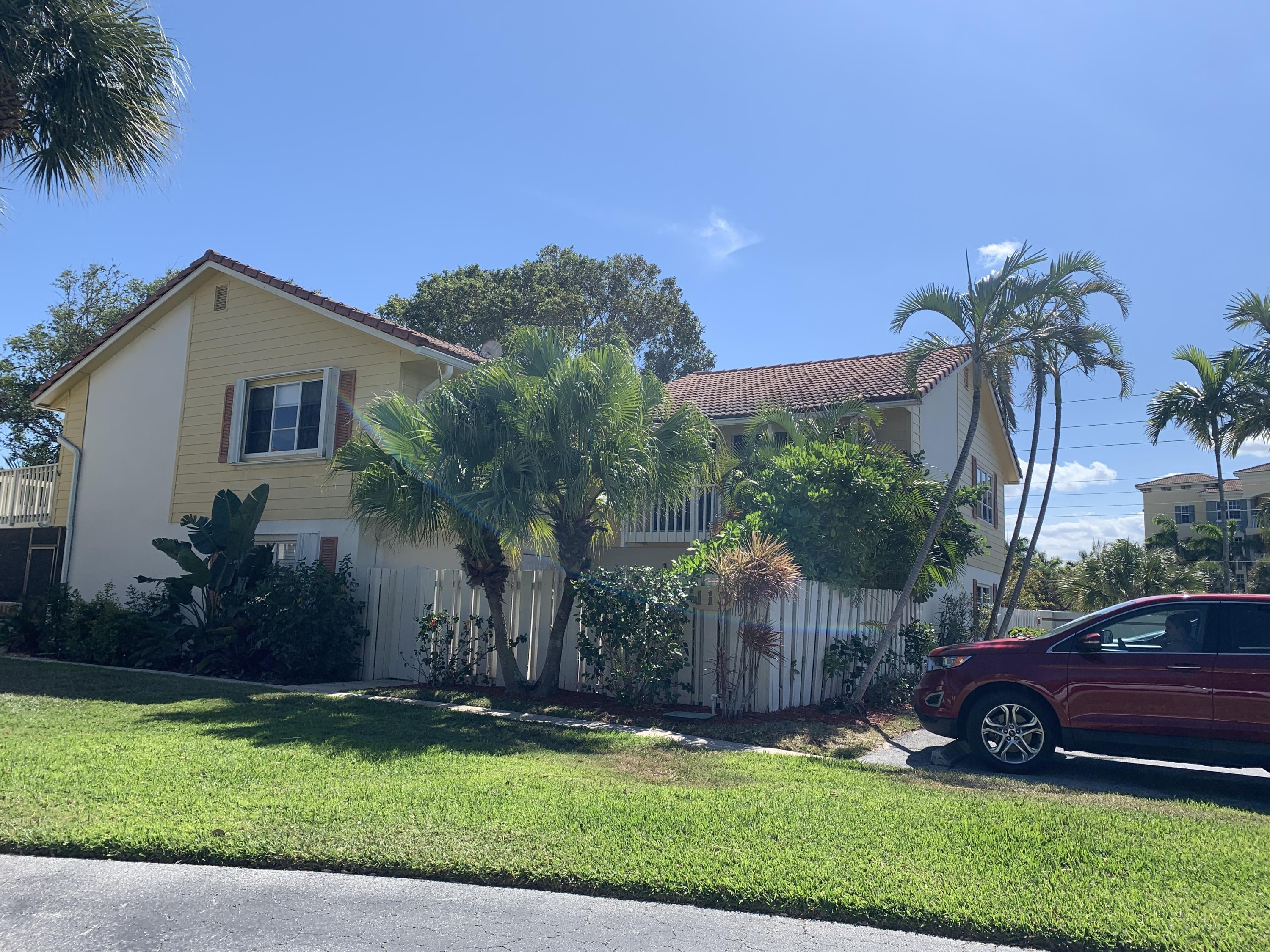 113 Seabreeze Circle, Jupiter FL 33477