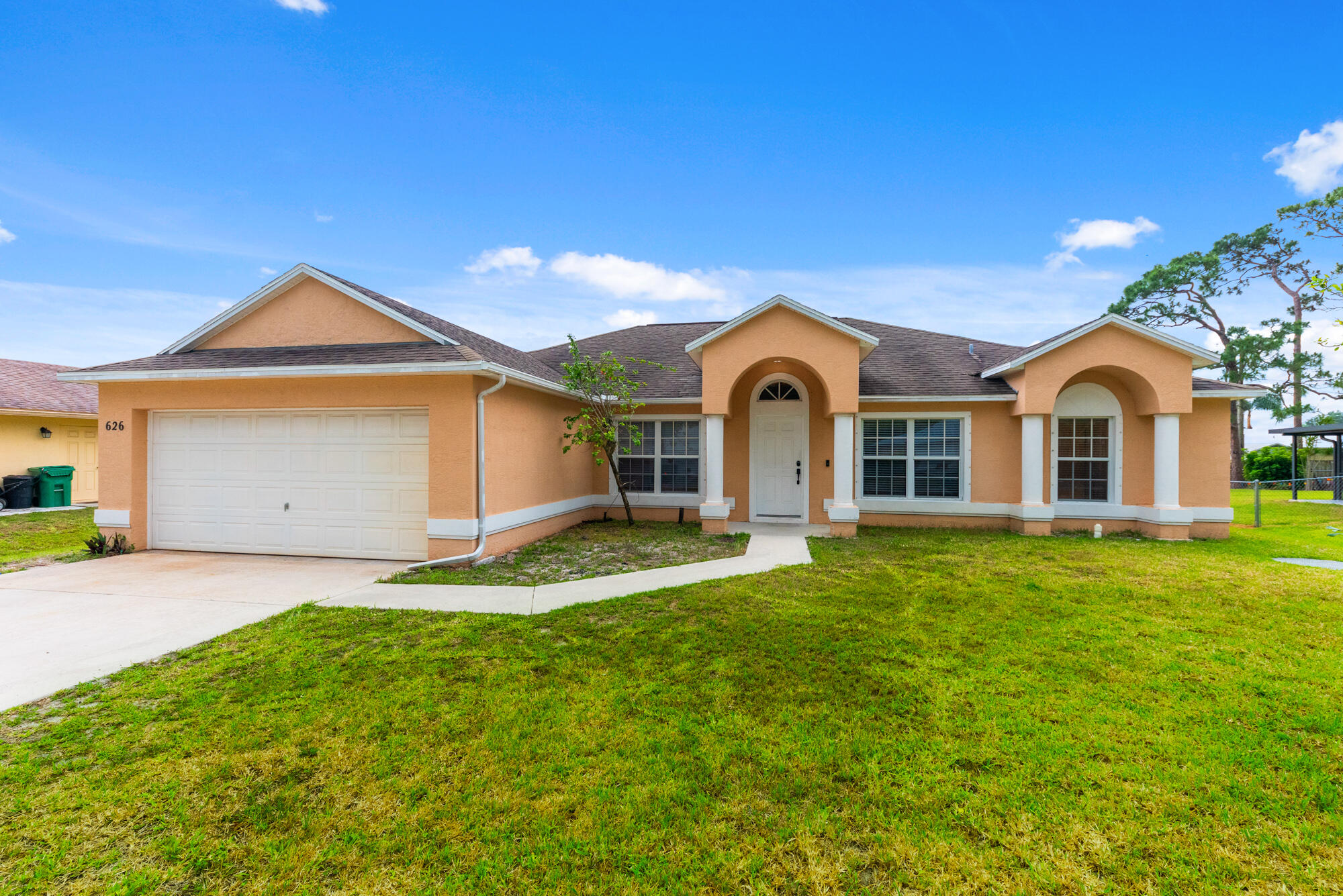 626 SE Ron Rico Terrace, Port Saint Lucie FL 34983