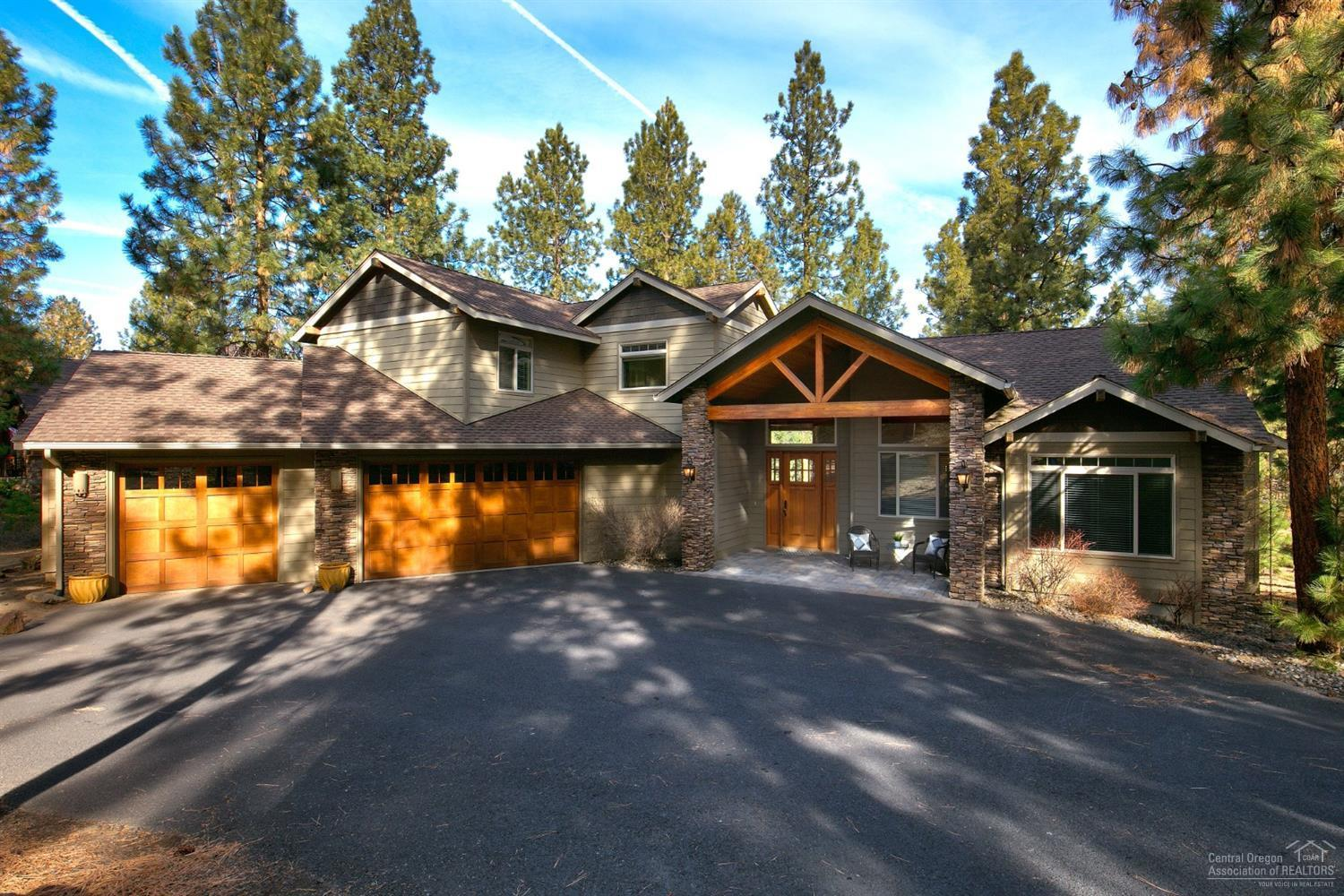 2574 NW Champion Circle, Bend OR 97703