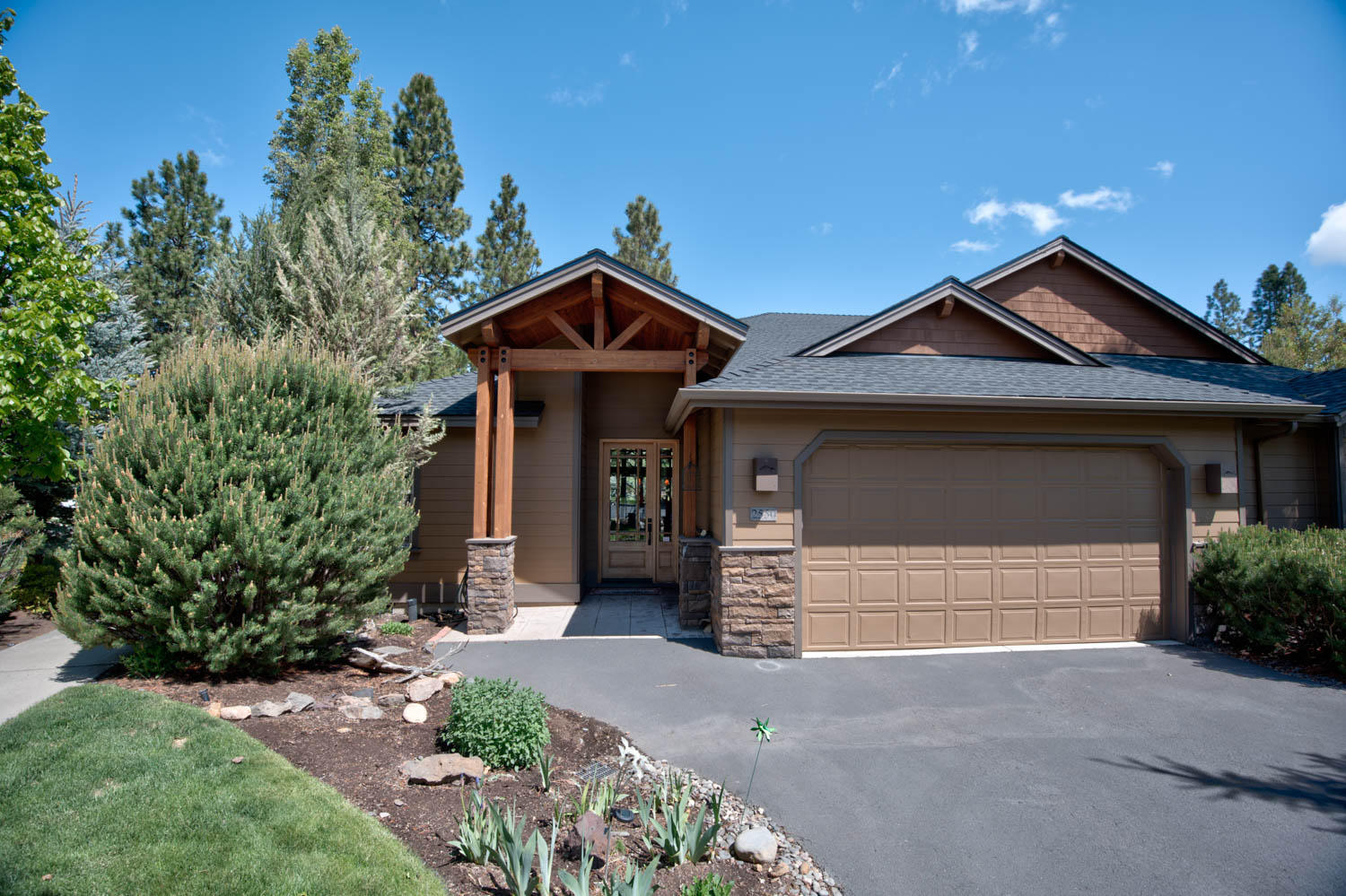 2550 NW Locke Court, Bend OR 97703