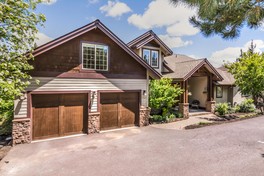 3263 NW Fairway Heights Drive, Bend OR 97703