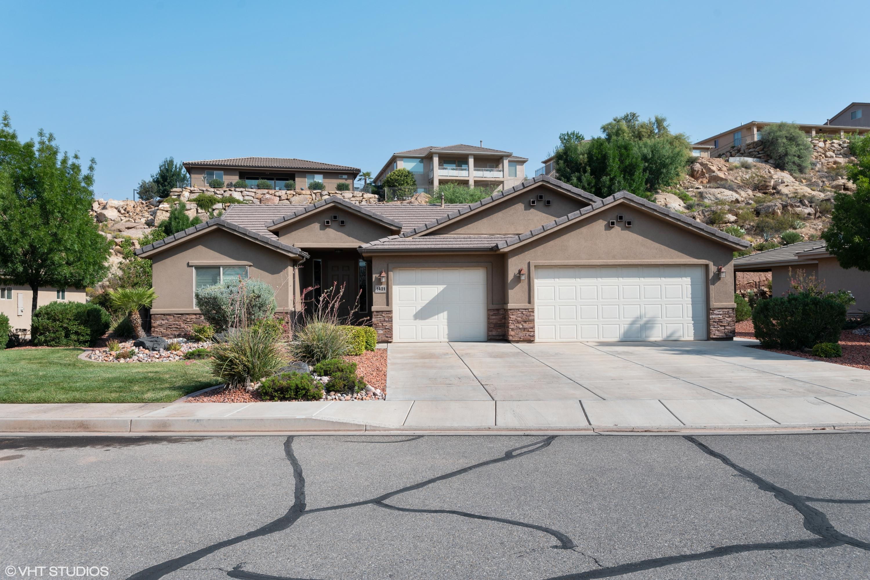 1421 E 2420 S Cir, St George Ut 84790