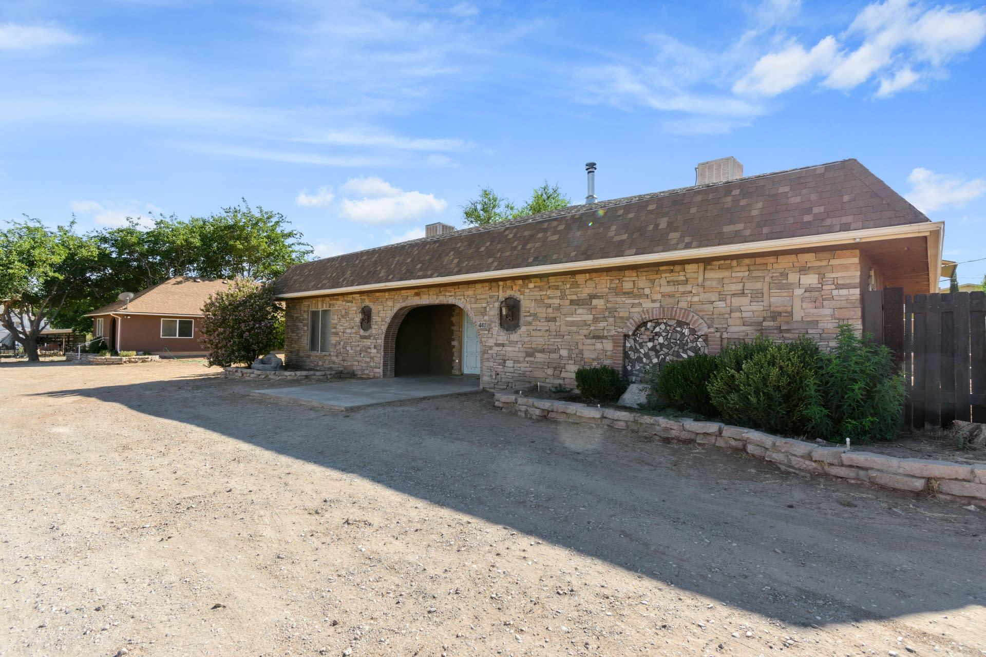 441 W Center, La Verkin Ut 84745