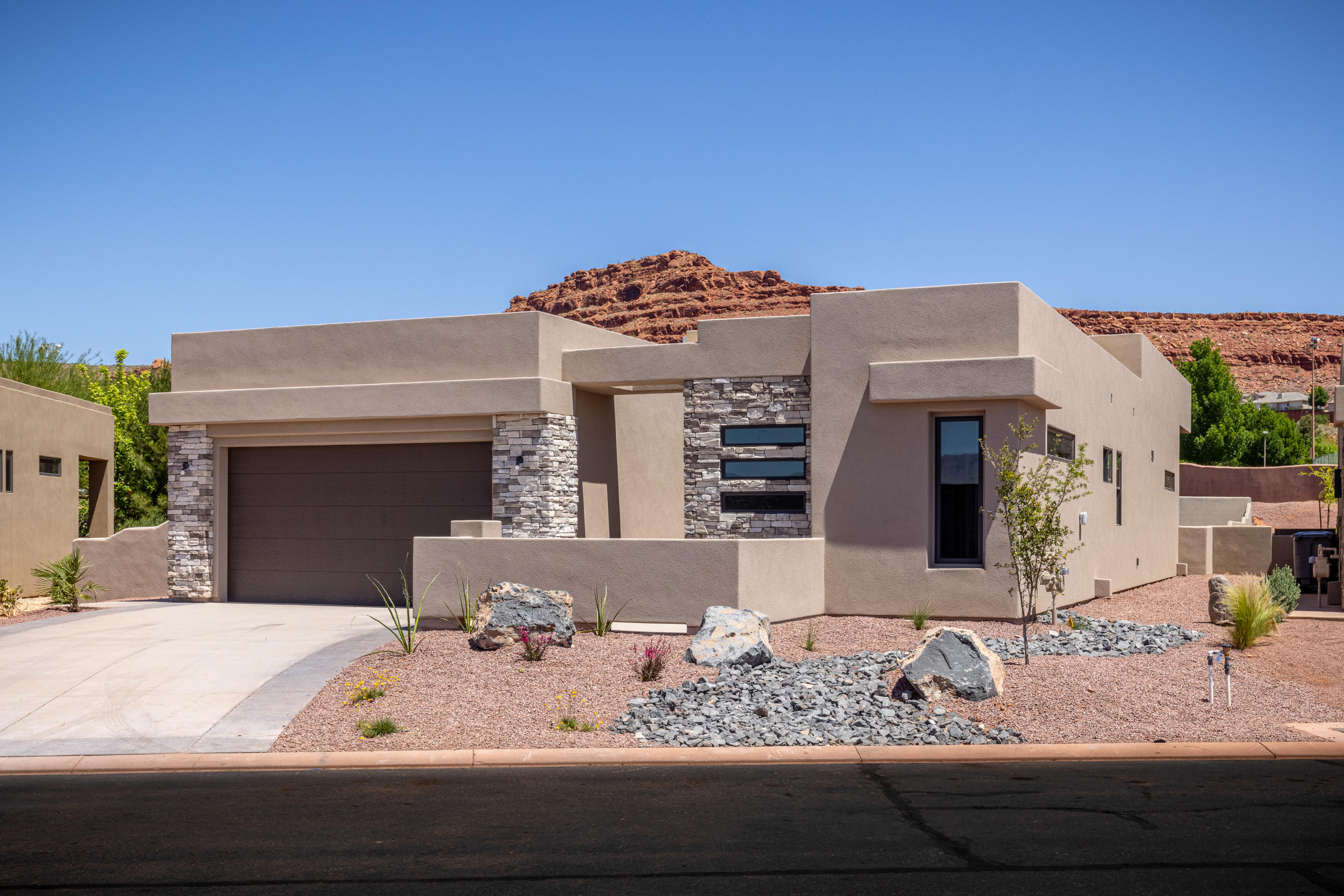 2090 N Tuweap Unit 33, St George Ut 84770